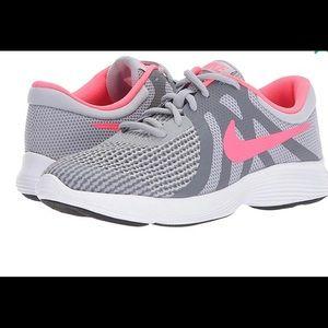 Nike revolution 4 (PSV) shoes for toddler sz 13